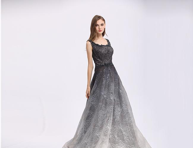 Luxury Black Lace Tulle Embroidery Arabic Evening Dresses Sweep Train Style