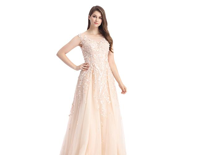 Short Sleeve Arabic Evening Dresses For Ladies / Sweetheart Off Shoulder Long Ball Gowns