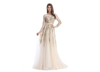 China Saudi Arabic Beaded Bridesmaid Dresses , V - Neck Unique Bridesmaid Dresses supplier