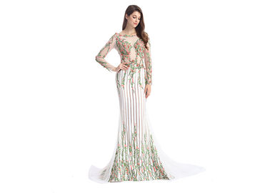 China Sheer Prom Celebrity Lace Appliques Long Sleeve Evening Gowns Anti - Wrinkle supplier