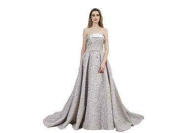 China Sliver Lace Material Muslim Evening Dress / Strapless Maxi Prom Dress supplier