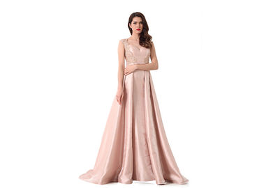 China Satin Beading Sweetheart European Evening Gowns For Leisure Pink Color distributor